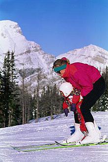 Ставим малышей на лыжи