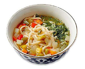 Лагман - традиционное блюдо узбекской кухни